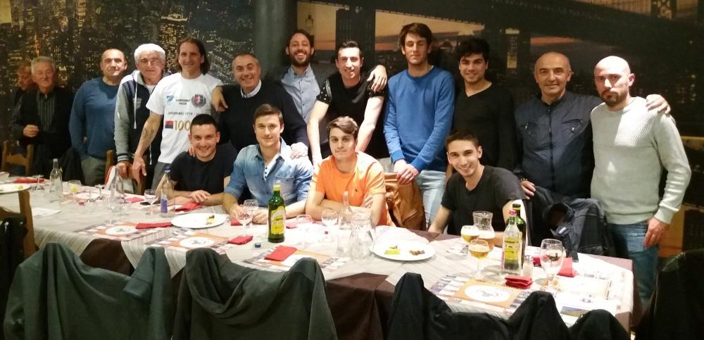 gruppo cena 13 maggio-ristorante RockVillage